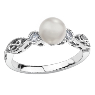 Cultured Pearl Ring 10KT 206-2758